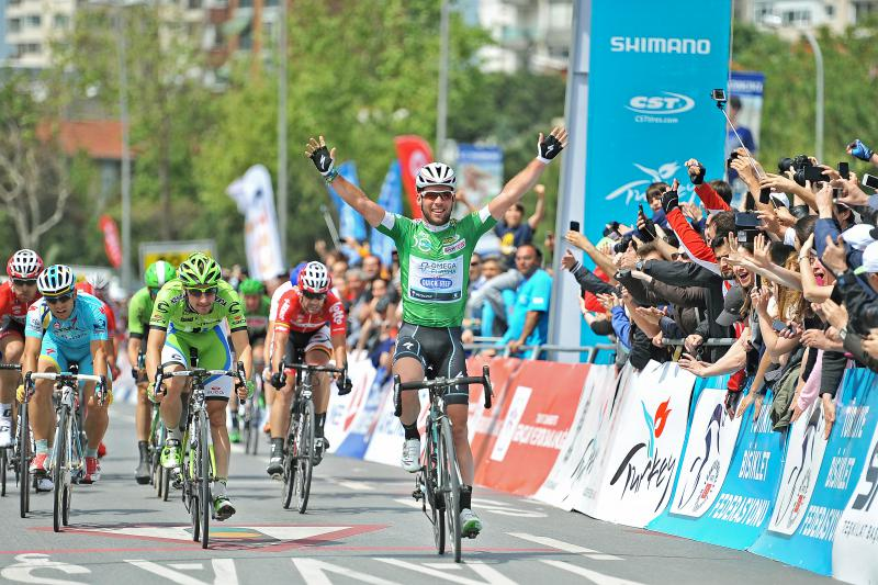 TUR2014, 8. ve son etap olan İstanbulda Mark Cavendish hem etap hem de tur zaferini kutlarken...