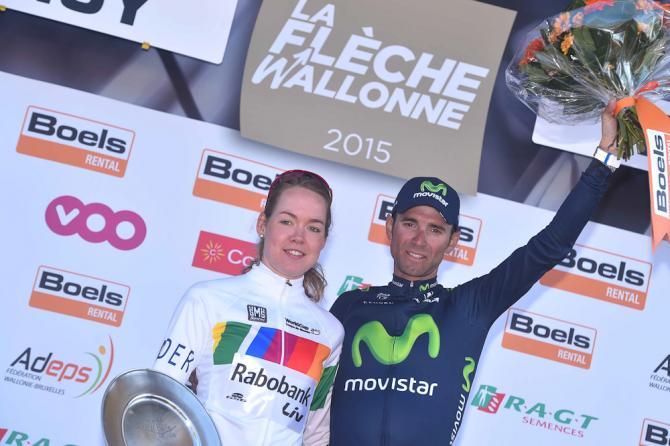 Fotoğrafa göre solda kadınlar turunun galibi Rabobank-Liv Women Cycling Team'den Anna Van Der Breggen, solda ise Movistar Team'den Alejandro Valverde.