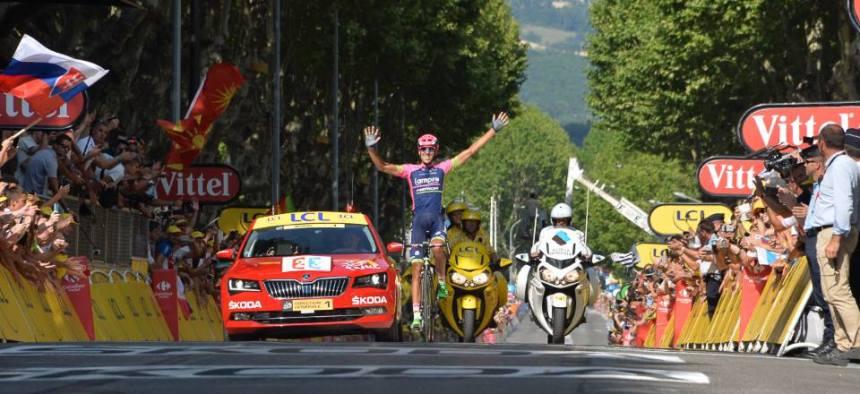 TDF2015_stage16_winner_Ruben_Plaza_Molina