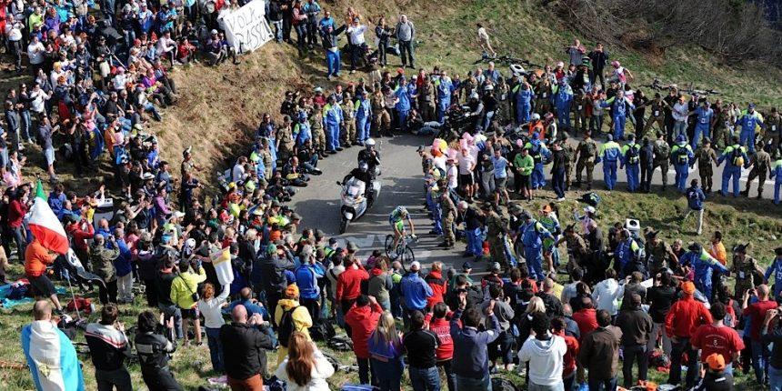 Giro2010_stage15_Ivan_Basso