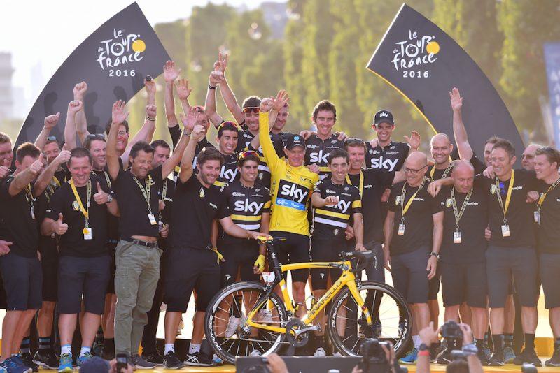 Froome'un başarısı tekil değil bir ekip işi: Masöründen teknikerine, sportif direktöründen patronuna, domestiklerinden bisikletine dek tamamı ile organize bir başarı!