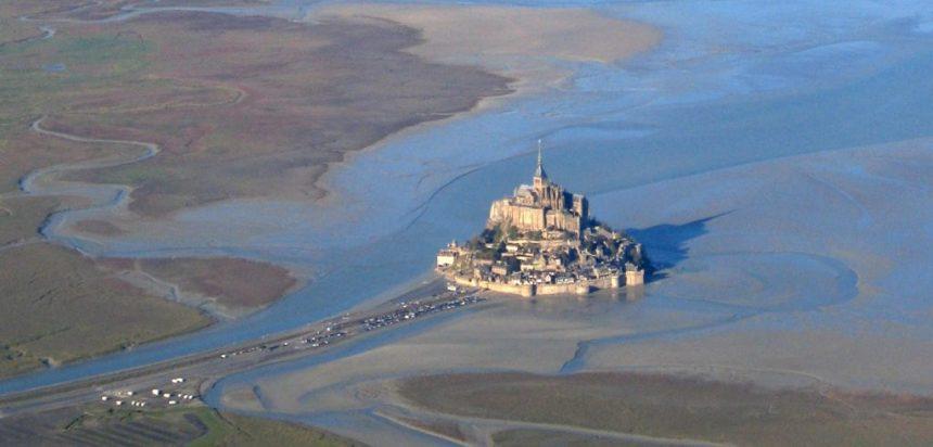 Grand Depart ev sahipliği yapan Mont Saint Michel