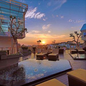 booking online hotel luxury murah di Legian