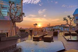 booking online hotel luxury murah di Legian