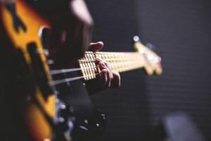 Belajar Gitar Bass