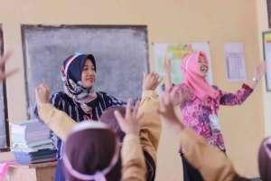 Menjadi Relawan Pengajar
