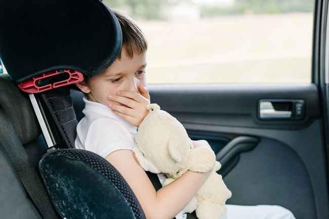 Cara Atasi Demam Anak Saat Bepergian