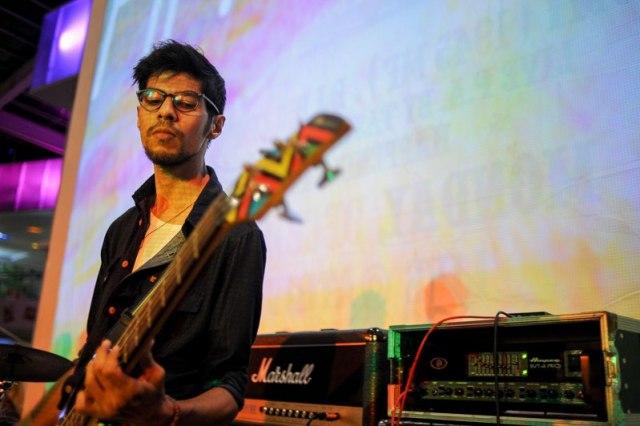Adhiel (bass)