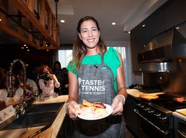 NEW YORK, NY - AUGUST 24: Garbiñe Muguruza cooks during The Taste Of Tennis Master Class With St Giles Hotels at The Tuscany, A St Giles Signature Hotel on August 24, 2016 in New York City. (Photo by Donald Bowers/Getty Images for St Giles Hotels)
