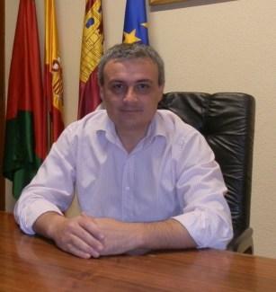benigno-casas-alcalde.JPG - 142.20 KB
