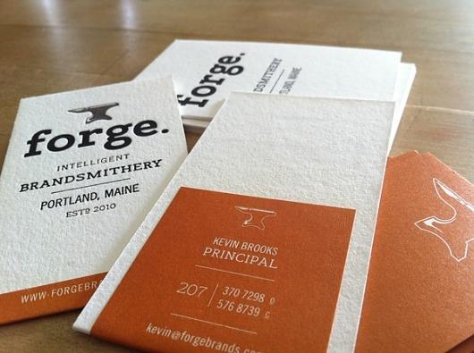 Desain Kartu Nama dengan Cetak Letter Press - forge