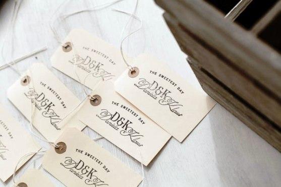 Contoh Undangan Pernikahan dengan Desain Inspiratif