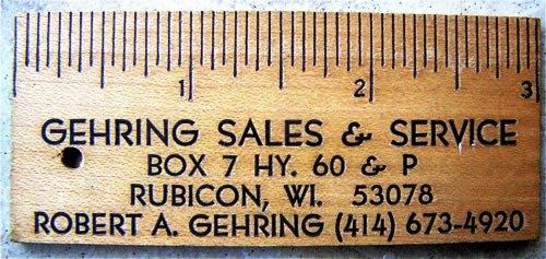 Contoh Desain Kartu Nama yang Unik - ruler-paper-business-card
