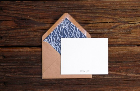 24 Contoh Desain Amplop Kreatif - Contoh-Desain-Amplop-Patterned-Envelope-Liner