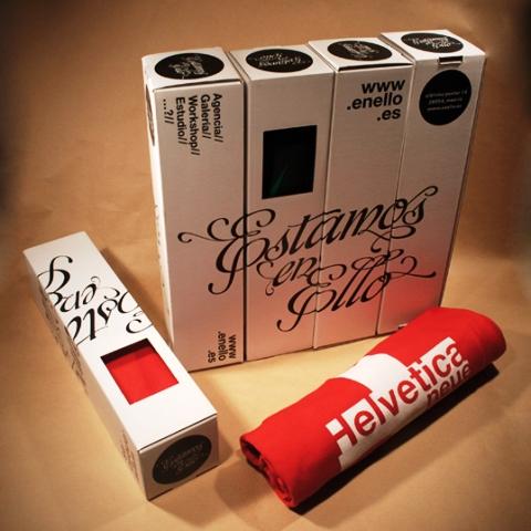 Desain Kemasan Packaging Kaos T Shirt Kreatif Bagus - Kemasan-T-Shirt-Karton-Parfum