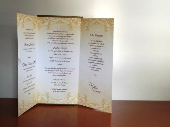 Bisnis Percetakan Desain Undangan - Katalog Undangan Pernikahan President Card Album Seri 3 -DSCF2093