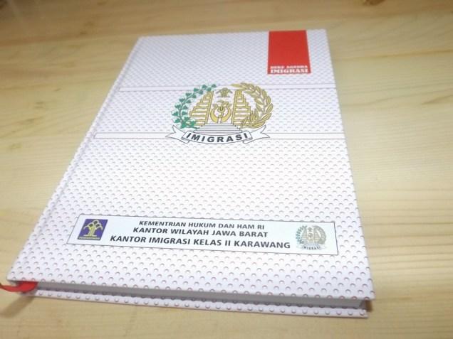 Buku Agenda Custom Design Kantor Imigrasi Kelas 2 Karawang