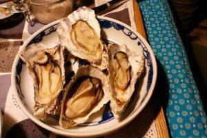 殻付き牡蠣