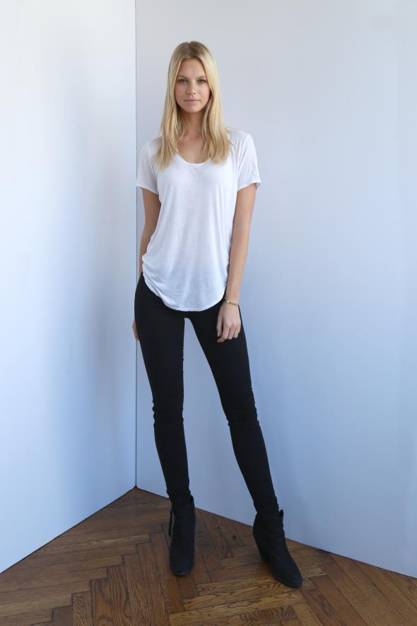 Nadine Leopold IMG Models
