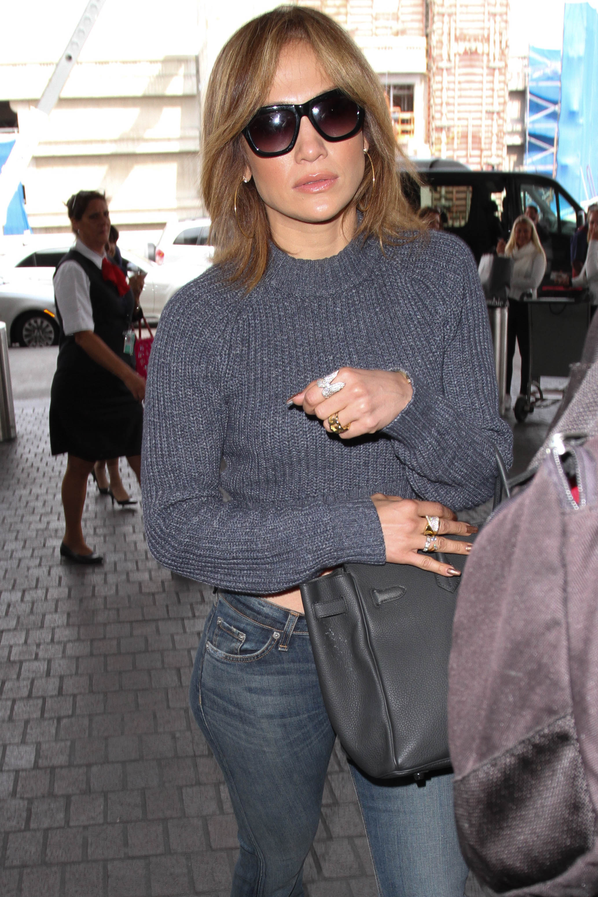 Jennifer Lopez Cuts Her Hair Short — See Her Dramatic New Look PHOTOS