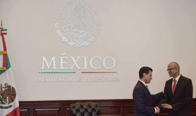 Microsoft anuncia a Peña Nieto inversión de mil mdd en México