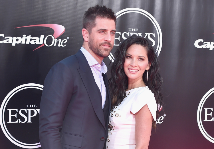 Is Olivia Munn The Main Cause Of The Rodgers Family Feud VIDEO