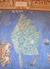 La galerie des cartes géographiques a été réalisée à la fin du XVIème siècle pour représenter les différentes parties de l'Italie, avec les plans des régions et des villes.
