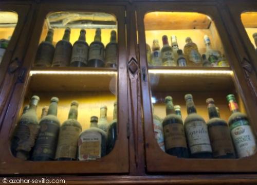 el comercio bottles