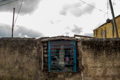 Llama la atención la cantidad de altares y figuras católicas que se encuentran en todo el recorrido de la Comunidad de El Calvario, ubicada en la parroquia El Hatillo del estado Miranda, Venezuela. Photowalk organizado por VAEArts y la alcaldía de El Hatillo, en el marco de la actividad cultural #ElCalvarioPuertasAbiertas y el programa cultural Vive El Hatillo.