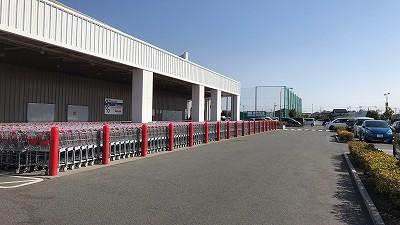 コストコ前橋倉庫大量のカート