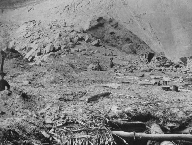 Members of the Green Expedition excavating in Grand Gulch, Utah, in 1891. (Credit: Cowboys and Cave Dwellers, 1997, p. 68. Field Museum of Natural History negative number 63329).
