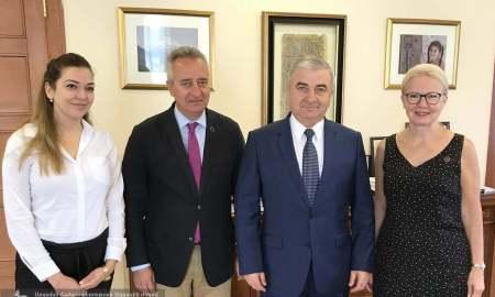 Աշոտ Ղուլյանն ընդունել է Հայաստանի ամերիկյան համալսարանի նախագահին