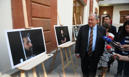 Արմեն Սարգսյանը մասնակցել է «Հայրենիքի պաշտպան» ծրագրում ընդգրկված երիտասարդների աշխատանքների ցուցադրությանը