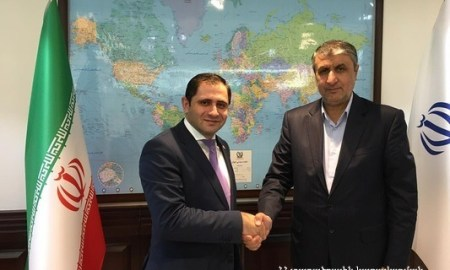 Սուրեն Պապիկյանը հանդիպել է Իրանի ճանապարհաշինության և քաղաքաշինության նախարար Մոհամմադ Էսլամիի հետ