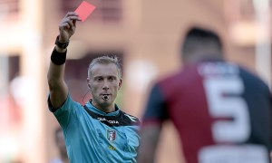 Իտալական թիմի մարզիչը կարմիր քարտ է ստացել ֆուտբոլիստի գլխին հարվածելու համար (ՏԵՍԱՆՅՈՒԹ)