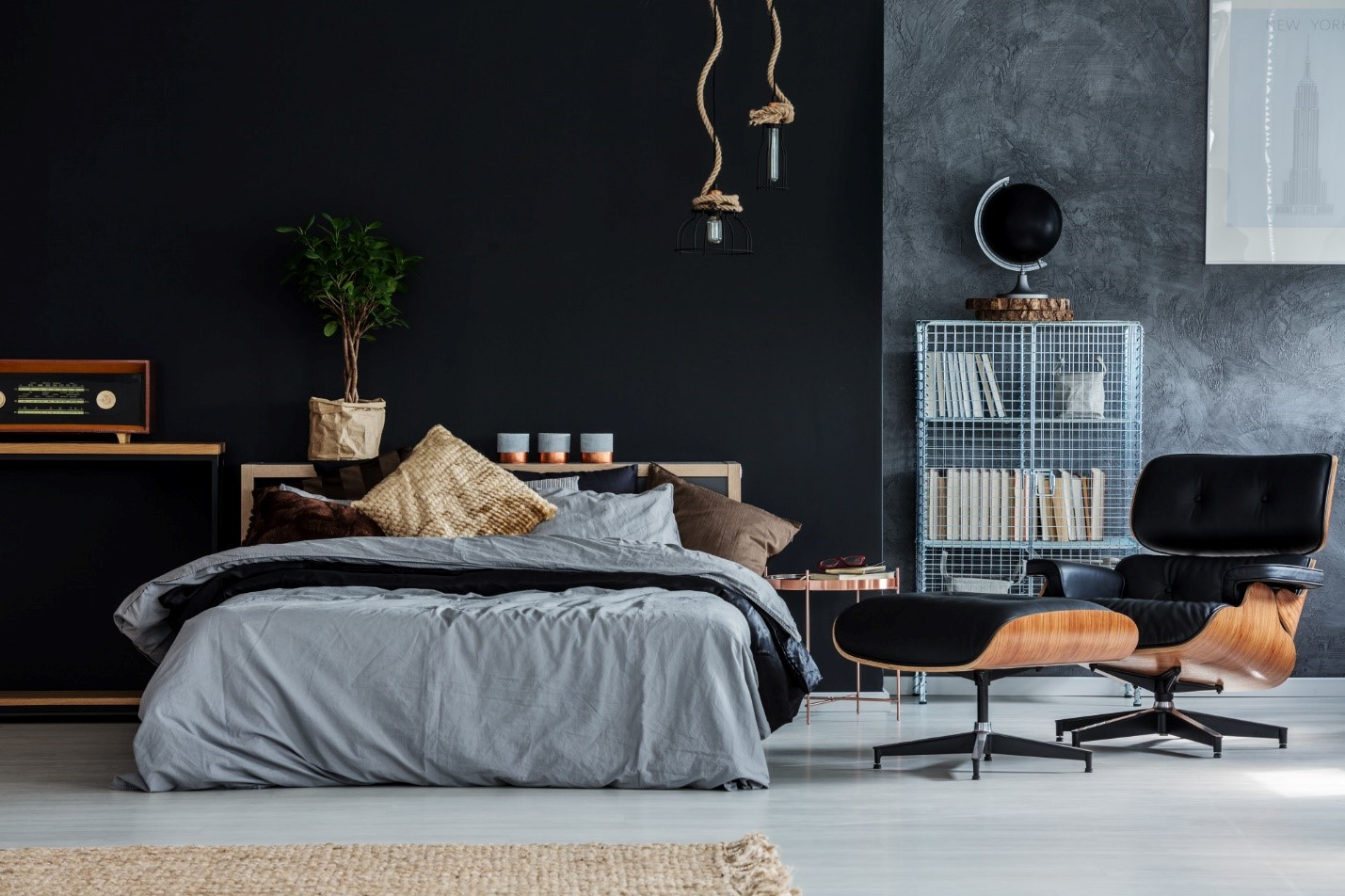 11 comfy ways to style your bed with