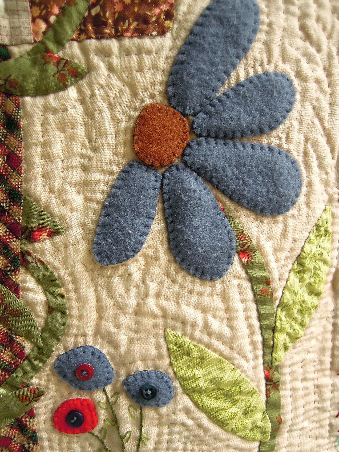 fabric-flower-423327_1920