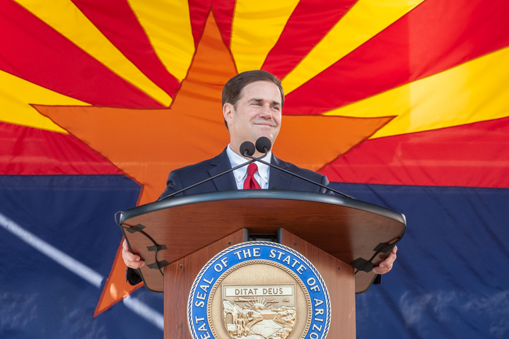 Arizona Gov. Doug Ducey gives his inauguration speech Jan. 5, 2015. (Photo by Evan Wyloge/AZCIR)