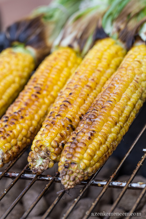 Grillezett kukorica - nagyjából 15 perc alatt elkészül a grillen