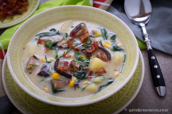Gombás-kukoricás chowder - tejszínnel és tejjel sűrítve