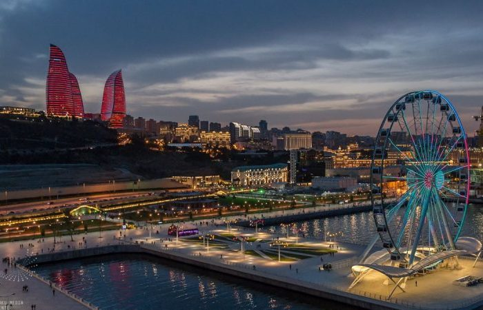 Night Baku Tour