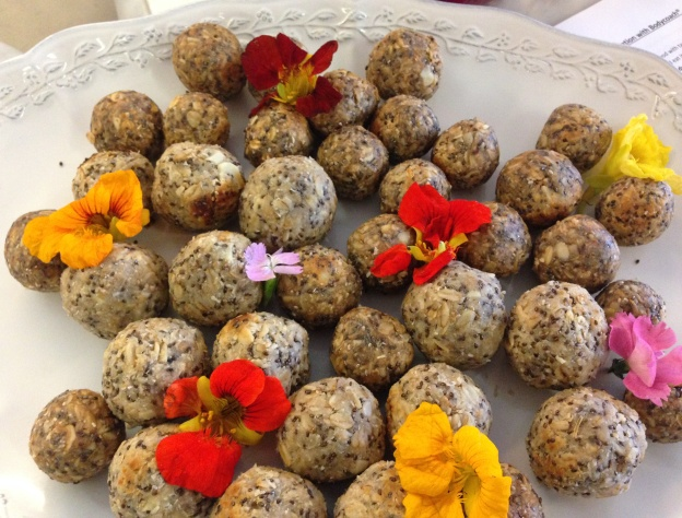 Raw Almond-Coconut Energy Bites - you won't believe how yummy this is!