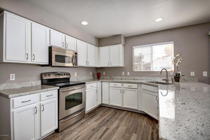 Beautiful Remodeled West Phoenix Home for Sale at 10010 W. Montecito Drive, Phoenix, Arizona