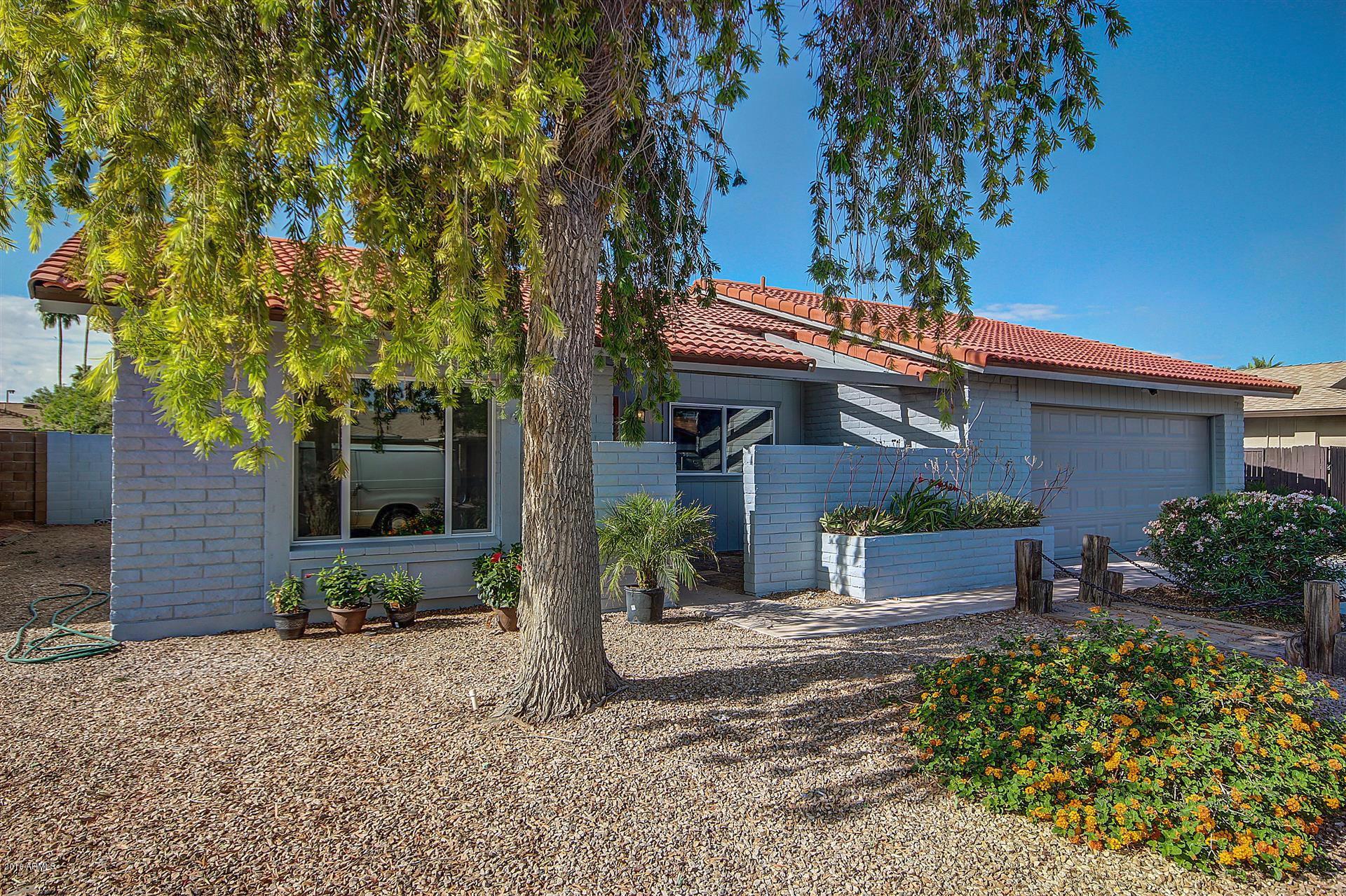 2611 W Knowles  Avenue  Mesa AZ 85202