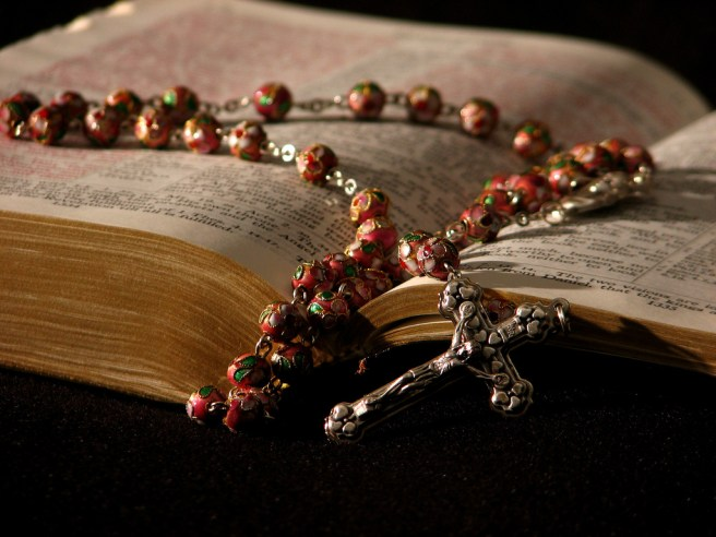 Bible-on-Rosary-The-Trent