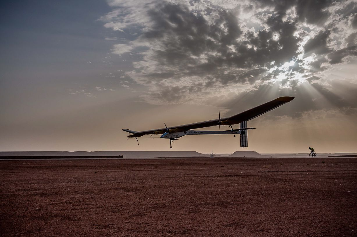 Solar Impulse taking off Ouarzazate