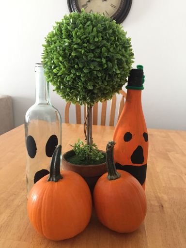 Halloween decor pumpkins
