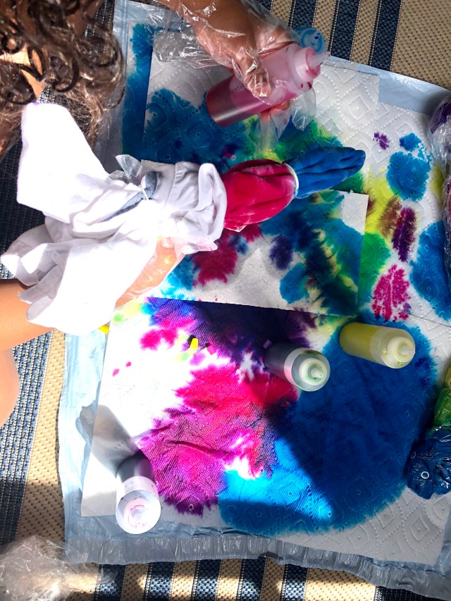 Tie dyeing shirts