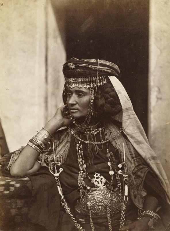 Femme De La Tribu Des Ouled Nails LALGERIE SES