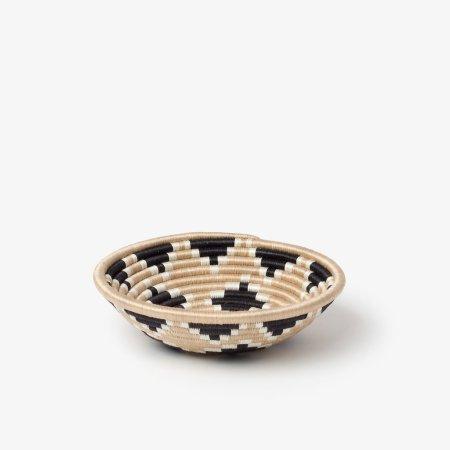 Akaneri Bowl Small Black - Side